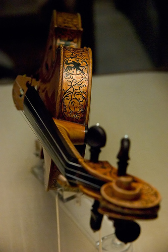 stradivarious-violin